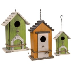 Dřevěná ptačí budka